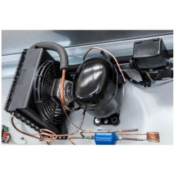 Dettalio motore pensile refrigerato con porte scorrevoli L1500 mm x P 550 mm x H 1070 mm